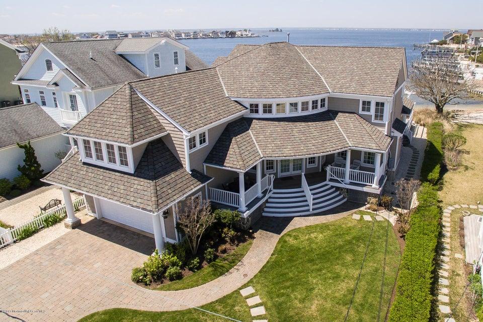 Maison unifamiliale pour l Vente à 3651 Bayside Court Normandy Beach, New Jersey 08739 États-Unis