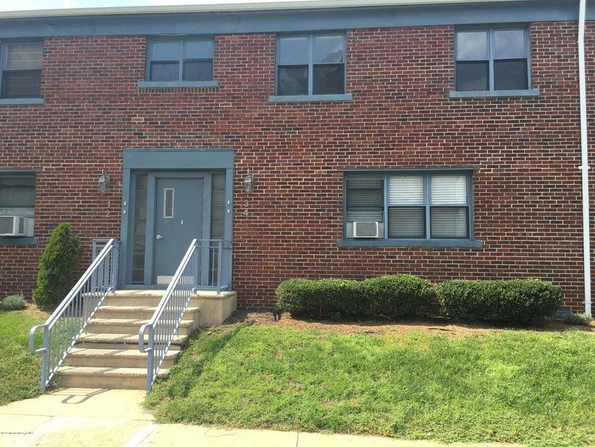 Condominio por un Alquiler en 300 Deal Lake Drive Asbury Park, Nueva Jersey 07712 Estados Unidos