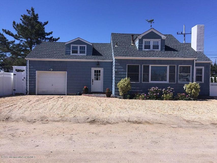Casa Unifamiliar por un Alquiler en 100 Faber Lane Mantoloking, Nueva Jersey 08738 Estados Unidos