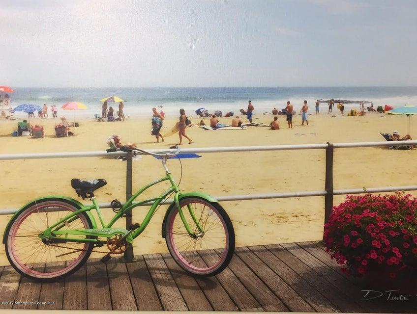 Casa Unifamiliar por un Venta en 200 Ocean Avenue Avon By The Sea, Nueva Jersey 07717 Estados Unidos