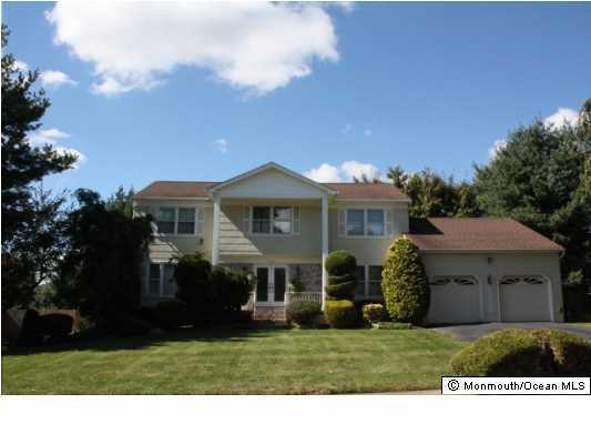 独户住宅 为 出租 在 4 Escher Drive 万宝路, 新泽西州 07746 美国