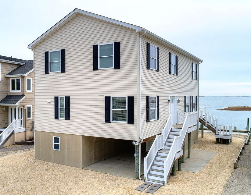 Single Family Home for Sale at 238 Heron Road Tuckerton, 08087 United States