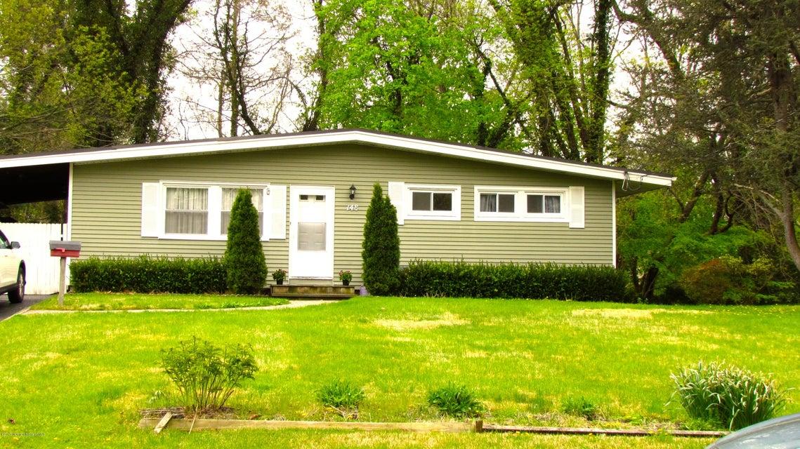 Maison unifamiliale pour l à louer à 148 Parkview Terrace Lincroft, New Jersey 07738 États-Unis