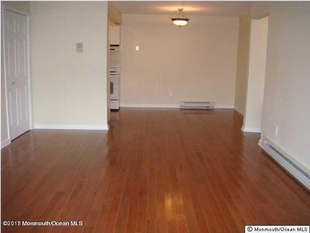 Appartement en copropriété pour l à louer à 330 Shore Drive Highlands, New Jersey 07732 États-Unis
