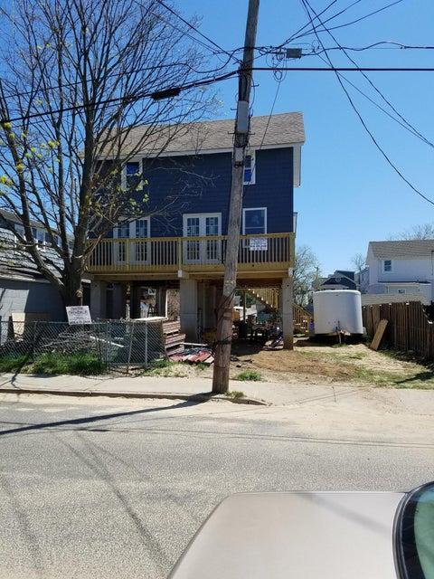 Casa Unifamiliar por un Alquiler en 15 Miller Street Highlands, Nueva Jersey 07732 Estados Unidos
