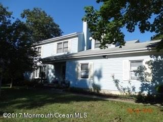 Частный односемейный дом для того Продажа на 40 Elm Street Beachwood, Нью-Джерси 08722 Соединенные Штаты