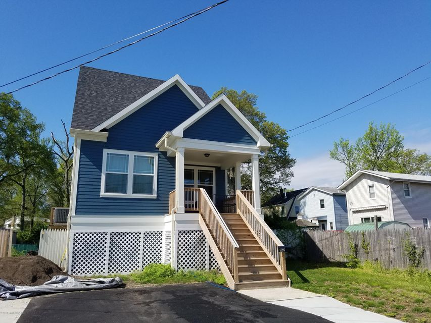 Single Family Home for Sale at 162 Woodland Avenue Keansburg, 07734 United States