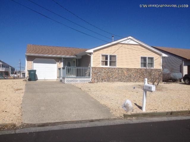 Casa Unifamiliar por un Alquiler en 111 Schuylkill Drive Little Egg Harbor, Nueva Jersey 08087 Estados Unidos