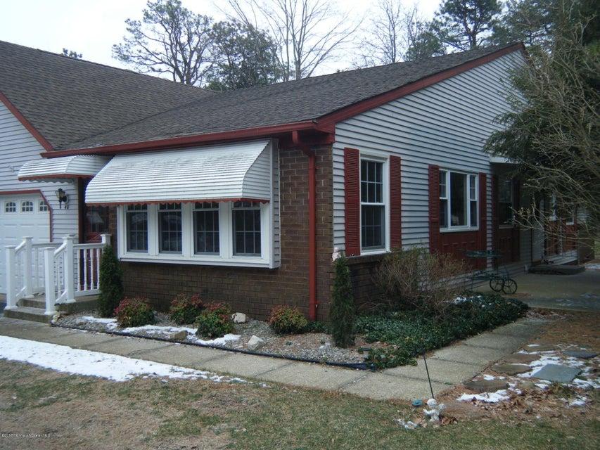 独户住宅 为 出租 在 4-B Oxford Place Whiting, 新泽西州 08759 美国