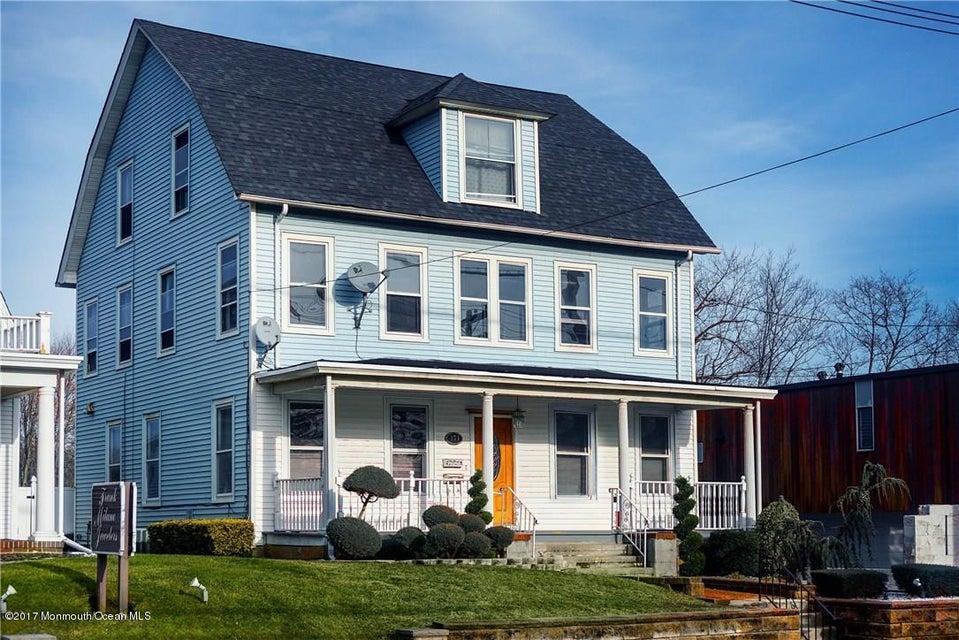 Commercial pour l Vente à 171 Main Street Milltown, New Jersey 08850 États-Unis