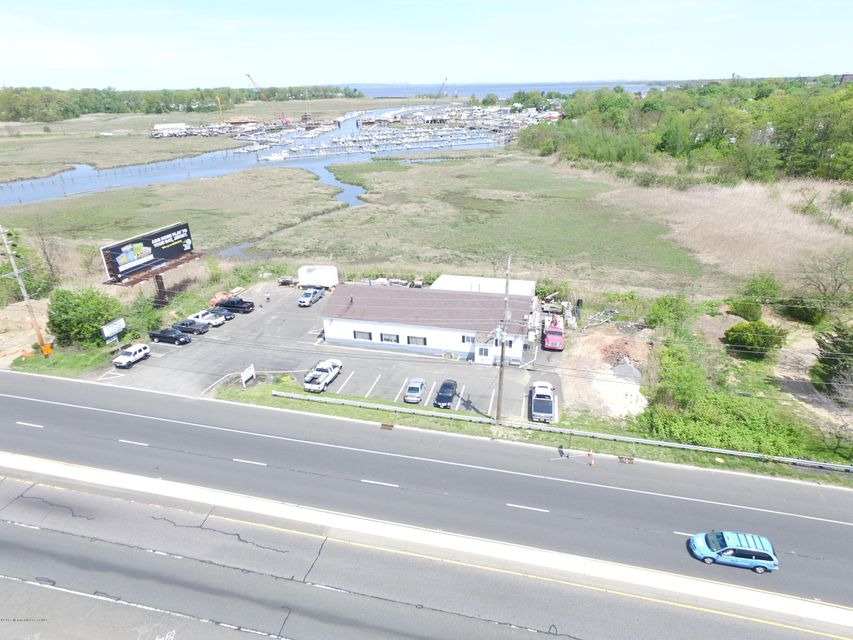 Commercial for Sale at 70 Route 35 Keyport, New Jersey 07735 United States