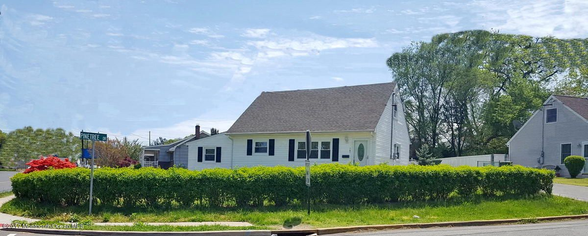 Maison unifamiliale pour l Vente à 101 Ernston Road Sayreville, New Jersey 08859 États-Unis