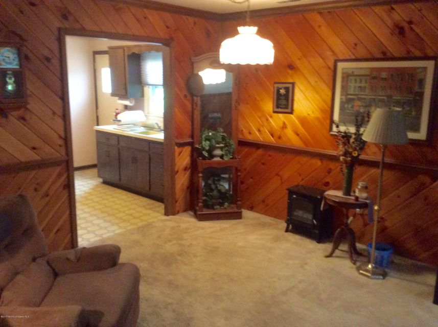Additional photo for property listing at 80 Old Post Road 80 Old Post Road Freehold, New Jersey 07728 États-Unis