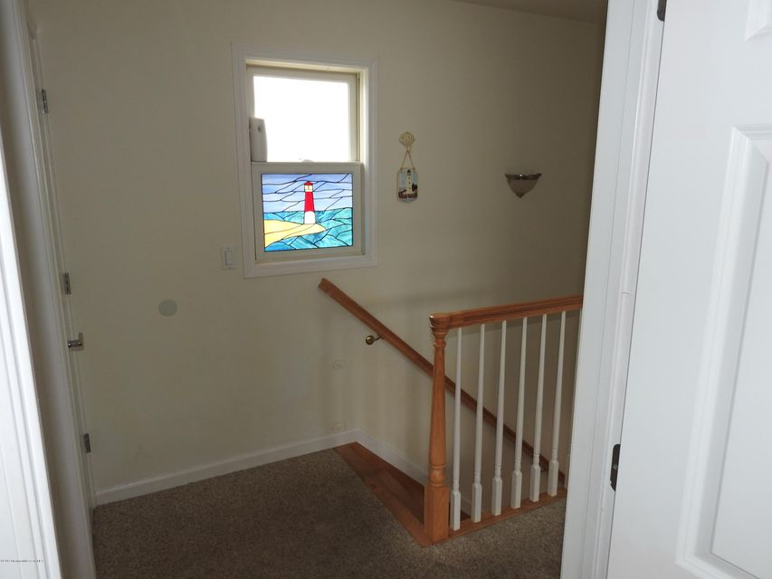 30 E Beach Way - Picture 10