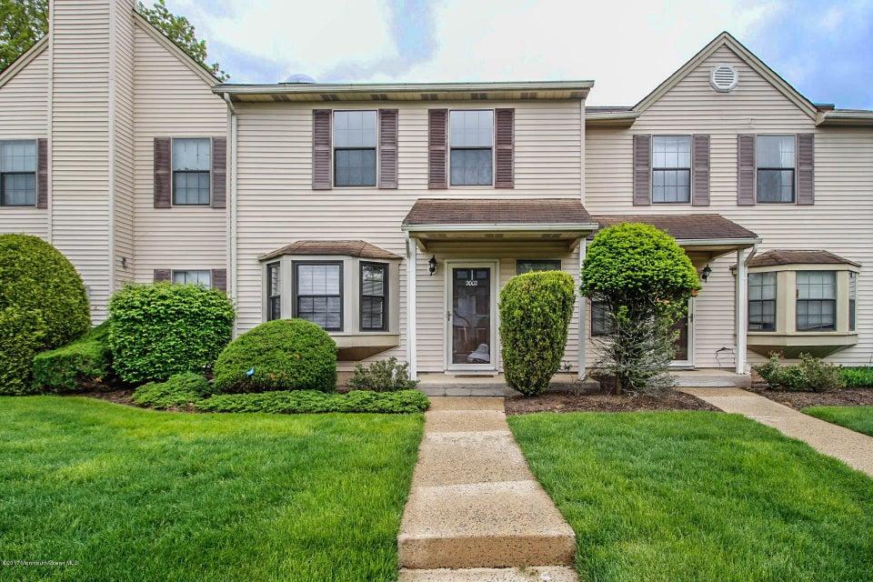 Casa Unifamiliar por un Venta en 2002 Deerfield Drive Edison, Nueva Jersey 08820 Estados Unidos