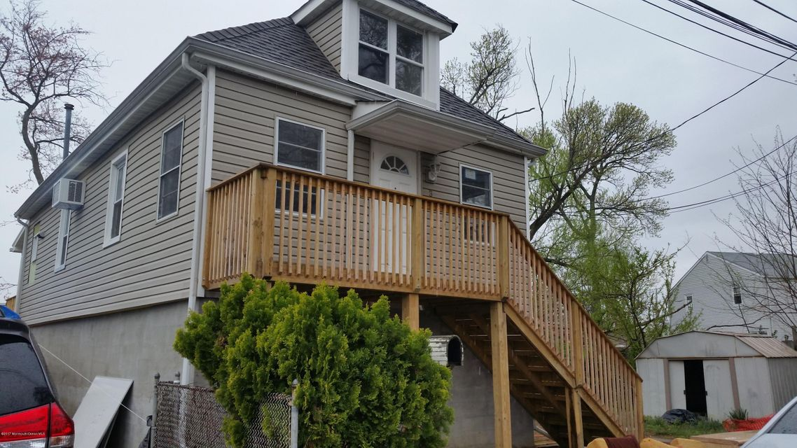 Single Family Home for Rent at 3 Braden Place Keansburg, New Jersey 07734 United States