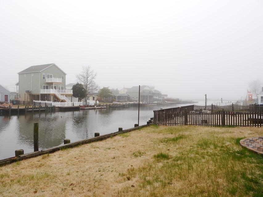 Casa Unifamiliar por un Alquiler en 127 Commodore Drive Little Egg Harbor, Nueva Jersey 08087 Estados Unidos