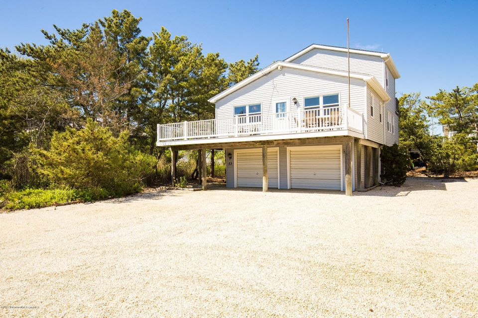 Single Family Home for Sale at 13 Essex Avenue Harvey Cedars, New Jersey 08008 United States