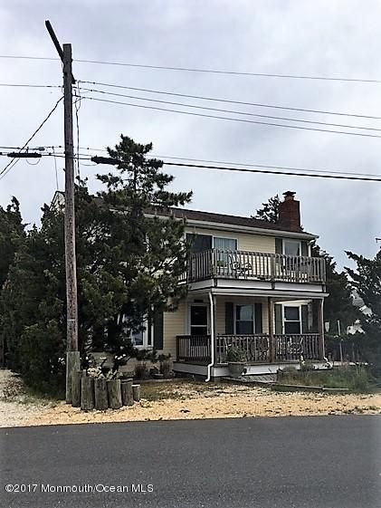 独户住宅 为 销售 在 2108 Bayview Avenue South Seaside Park, 08752 美国