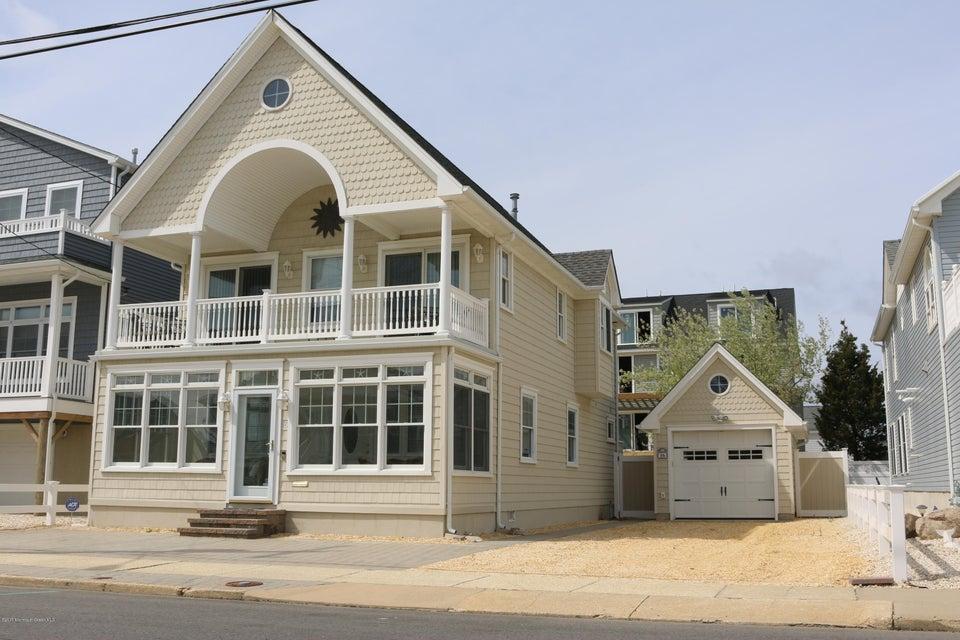 16 5th Avenue, Ortley Beach, NJ 08751