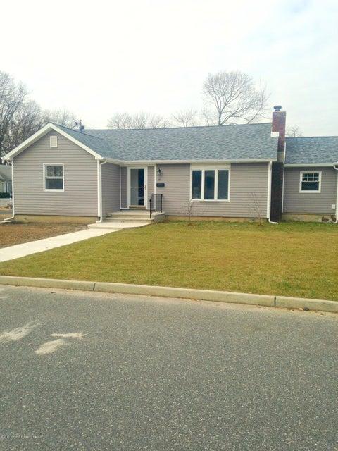 Maison unifamiliale pour l à louer à 90 Therese Avenue Keyport, New Jersey 07735 États-Unis