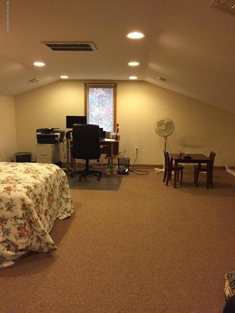 Casa para uma família para Venda às 504 Vanderbilt Avenue 504 Vanderbilt Avenue Berkeley, Nova Jersey 08721 Estados Unidos
