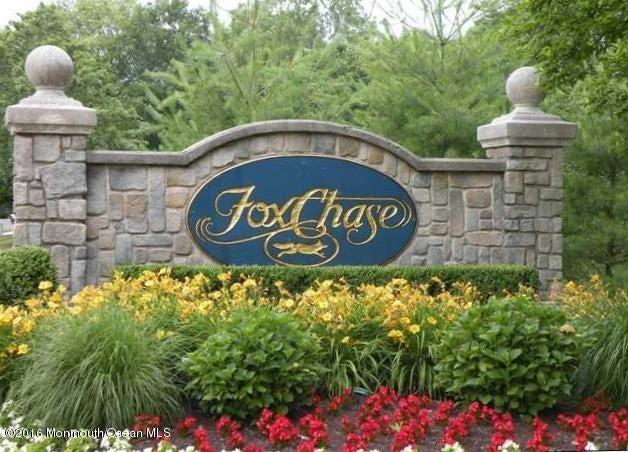 Condominio por un Alquiler en 28 Gait Court Tinton Falls, Nueva Jersey 07753 Estados Unidos