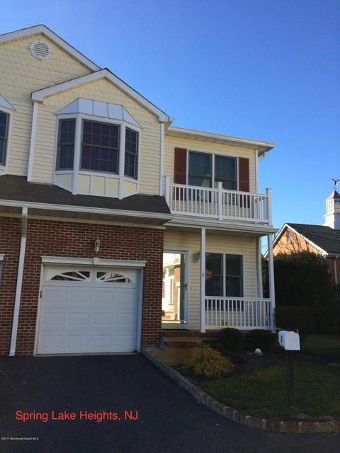 Appartement en copropriété pour l à louer à 2 Warren Court Spring Lake Heights, New Jersey 07762 États-Unis