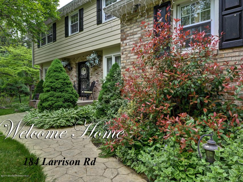 Single Family Home for Sale at 184 Larrison Road Wrightstown, 08562 United States