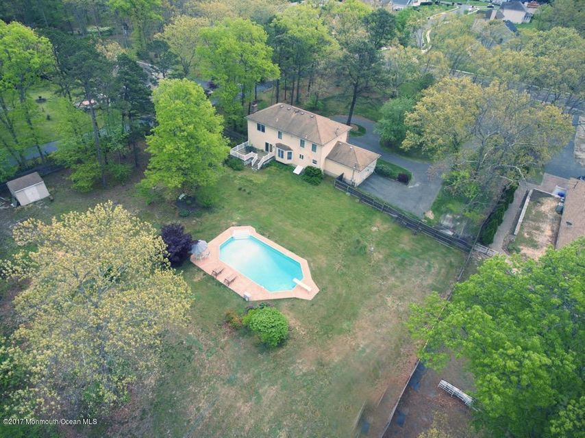 Additional photo for property listing at 1054 Silverton Road  Toms River, New Jersey 08755 United States