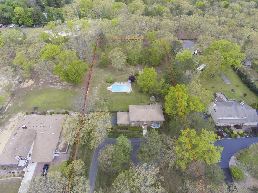Single Family Home for Sale at 1054 Silverton Road Toms River, New Jersey 08755 United States