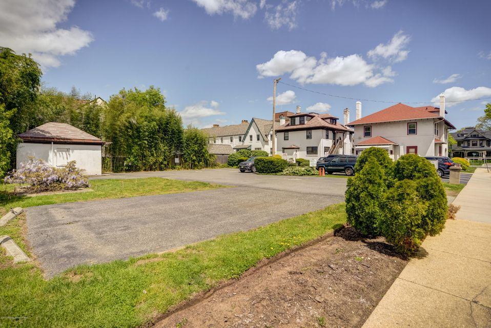 Commercial for Sale at 196 Broad Street 196 Broad Street Red Bank, New Jersey 07701 United States