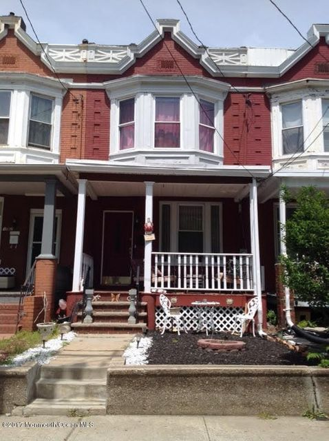 Single Family Home for Sale at 150 Lewis Street Perth Amboy, New Jersey 08861 United States
