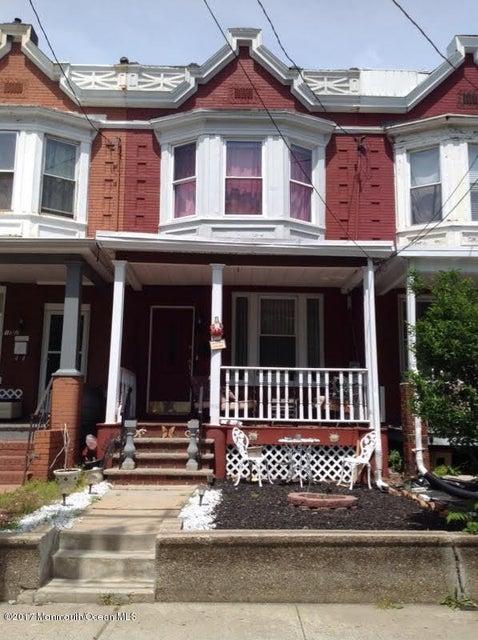 Casa Unifamiliar por un Venta en 150 Lewis Street Perth Amboy, Nueva Jersey 08861 Estados Unidos