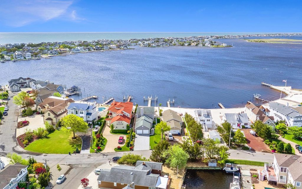 Single Family Home for Sale at 1718 Bay Point Place Point Pleasant, New Jersey 08742 United States