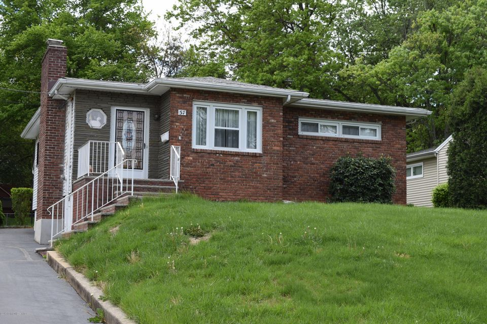 Single Family Home for Sale at 37 Oxford Road Colonia, New Jersey 07067 United States