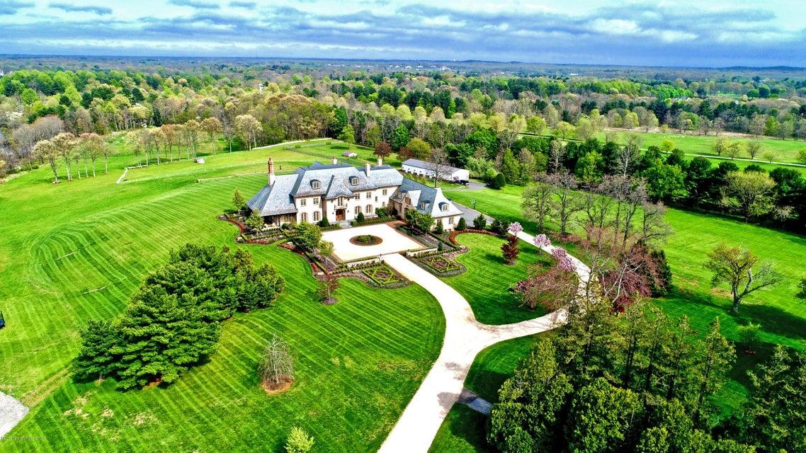 独户住宅 为 销售 在 88 Montrose Road Colts Neck, 07722 美国