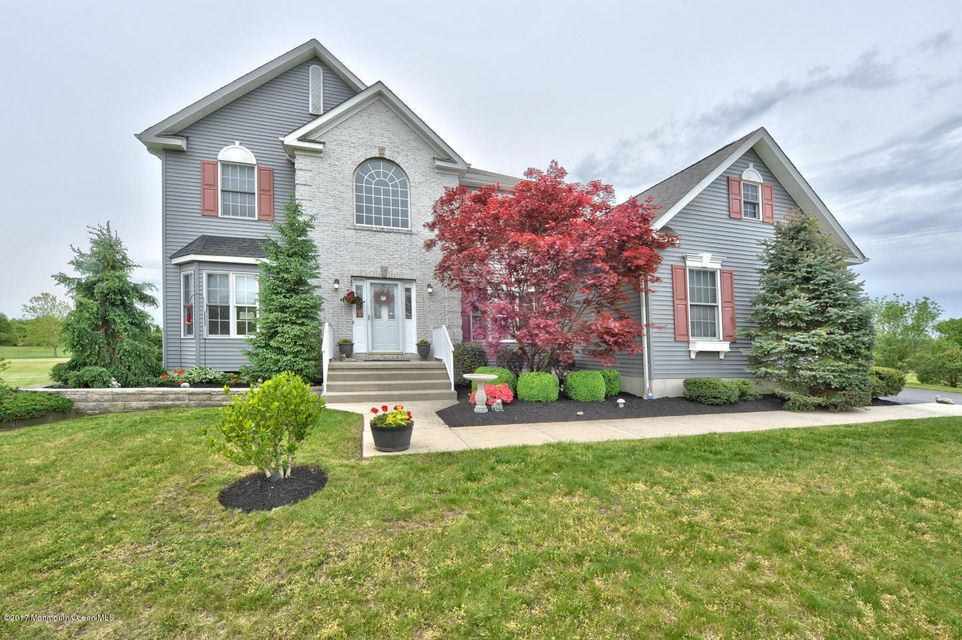 Single Family Home for Sale at 14 Pine Glen Drive Jobstown, New Jersey 08041 United States