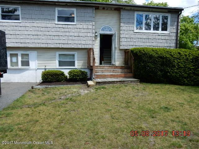Maison unifamiliale pour l Vente à 8 Sudsbury Road South Toms River, New Jersey 08757 États-Unis