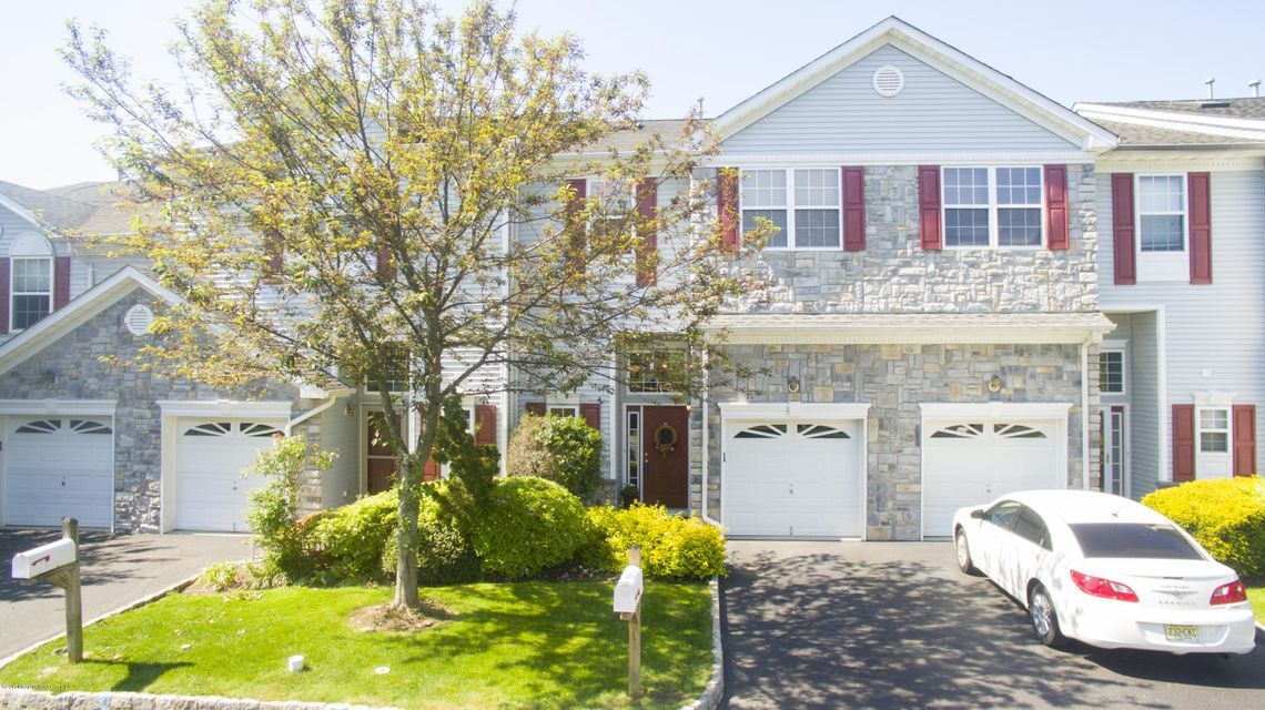 Single Family Home for Sale at 36 Harbor Bay Circle Laurence Harbor, New Jersey 08879 United States