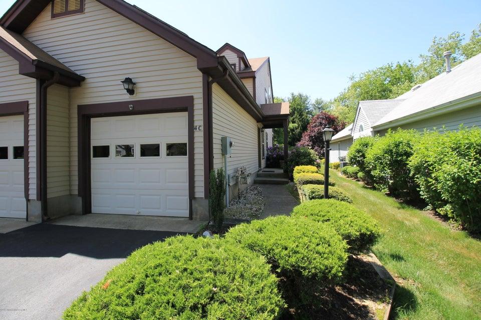 Maison unifamiliale pour l à louer à 4 Edinburgh Drive Monroe, New Jersey 08831 États-Unis