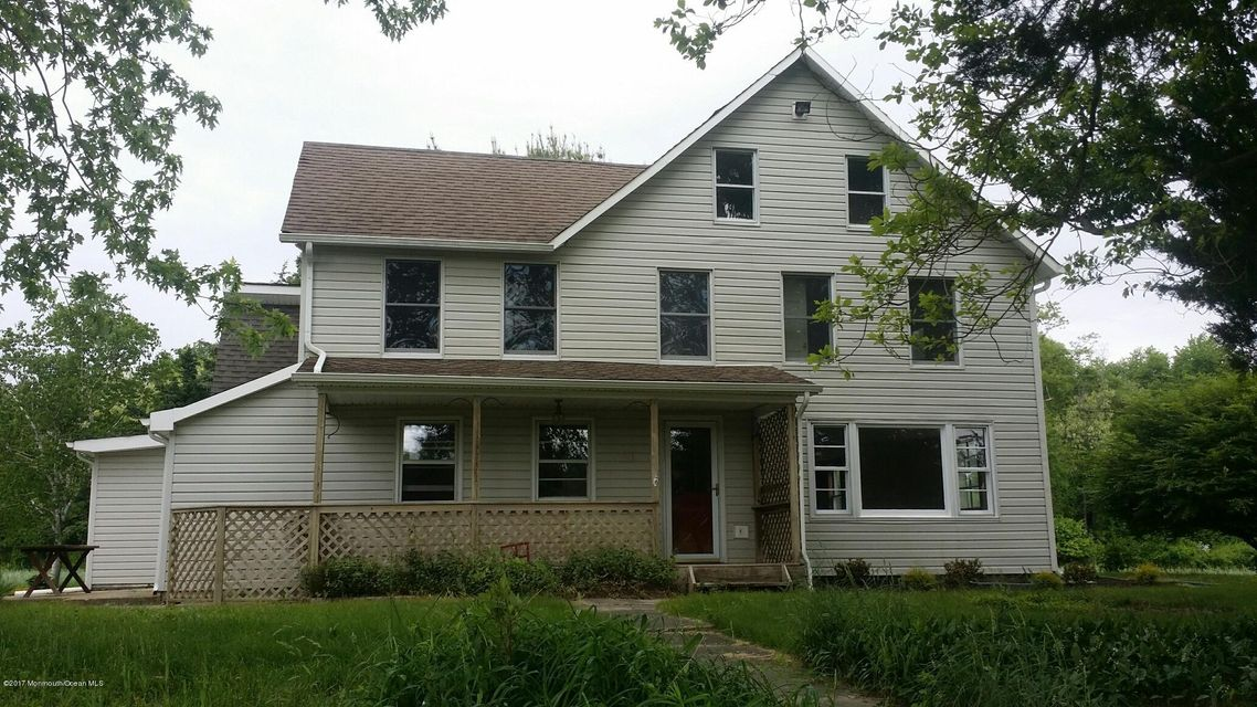 Single Family Home for Rent at 50 Georgia Tavern Road Farmingdale, New Jersey 07727 United States