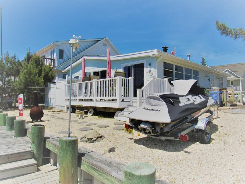 43 Mary Jeanne Lane, Beach Haven West, NJ 08050