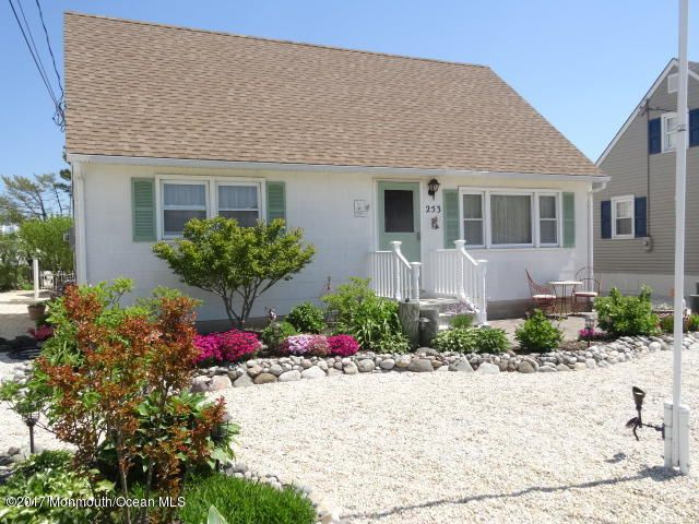 Single Family Home for Sale at 253 12th Street Surf City, New Jersey 08008 United States