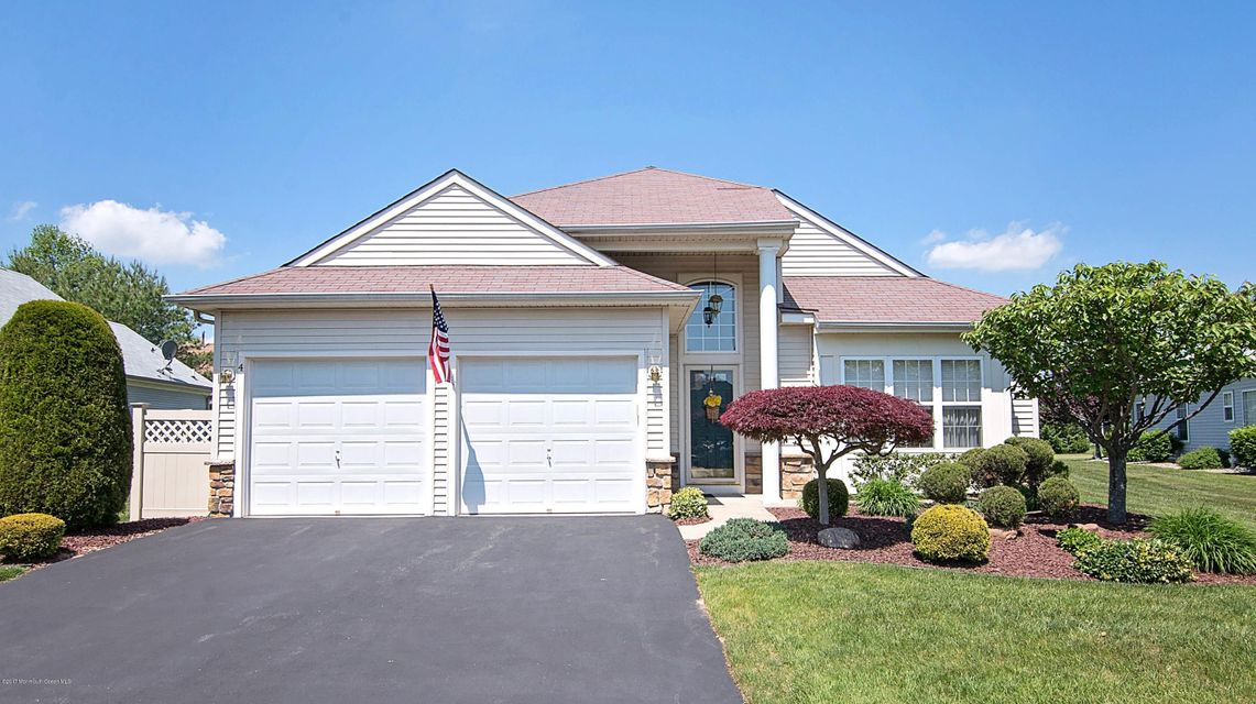 4 Wycliffe Drive, Manchester, NJ 08759