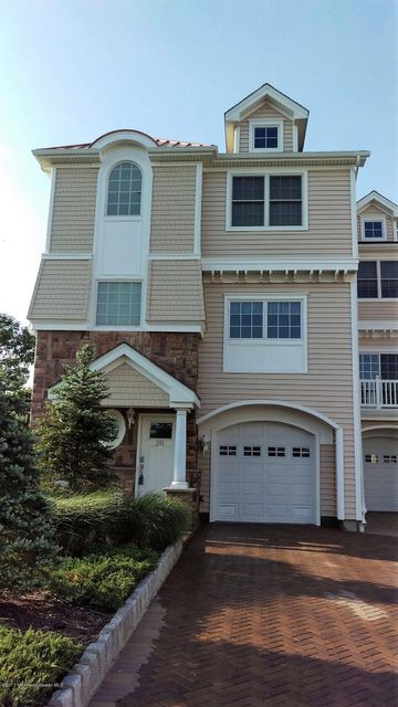 Single Family Home for Sale at 201 Gateway Court Union Beach, New Jersey 07735 United States