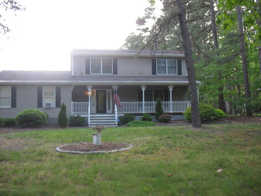 71 Ivins Drive, New Egypt, NJ 08533