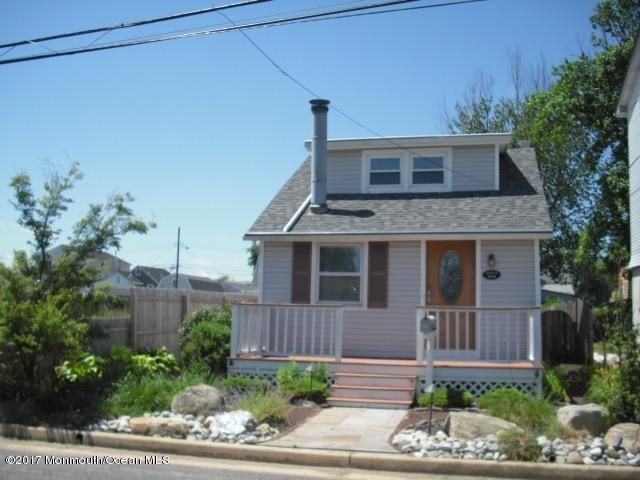 Single Family Home for Rent at 806 5th Street Union Beach, New Jersey 07735 United States
