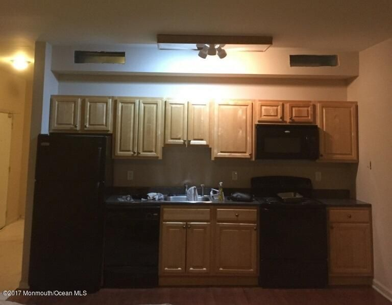 Apartment for Rent at 15 State Route 35 Eatontown, 07724 United States