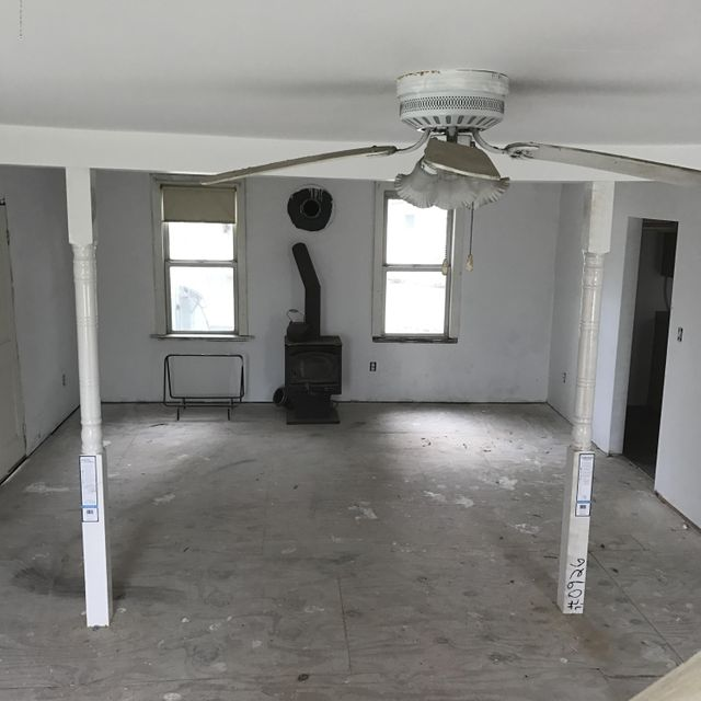 Additional photo for property listing at 48 Center Avenue  Keansburg, New Jersey 07734 United States